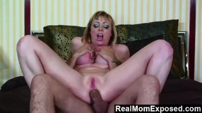 RealMomExposed - Hot tattoo mom gets fucked in the ass