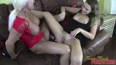 Female Bodybuilder Pornstar Ashlee Chambers Toy Masturbation