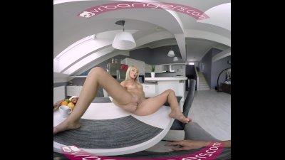 VR PORN - PUSSY FOR BREAKFAST - KATY ROSE VR MASTURBATION