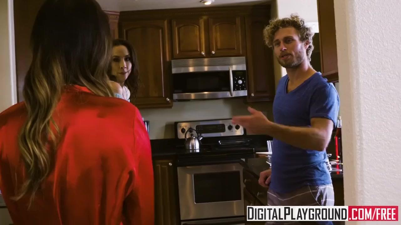 Preview 2 of Digitalplayground - Eva Lovia Gets Pounded By Xander Corvus In The Bathtub