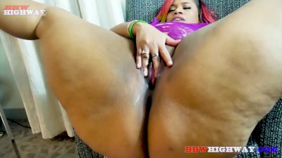 Big butt redbone bbw Snickaz takes a big black cock on BBWHighway