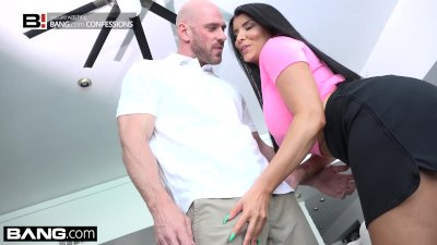 Teachers pet Romi Rain Fucks her golf instructor