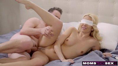 Horny Boy Tricks Step Mother Into Handjob And Hot Fuck S8:E5