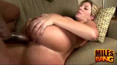 Milf Sara Jay Cum On Her Butt Cheeks