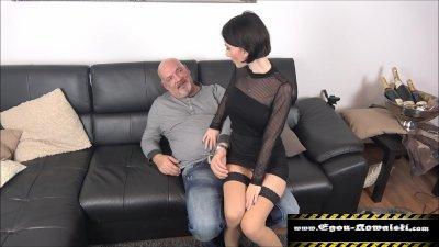 Preview 2 of Stieftochter Gefickt-familienleben9