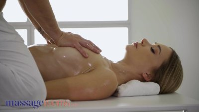 Preview 2 of Massage Rooms Young Babe Polina Max Gives Blowjob Finish On Milking Table