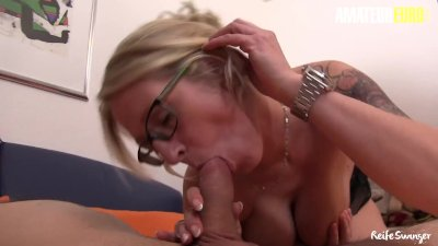 mature Swinger - Huge Tits German mature Housewife Kinky Surprise For Her Neighbour