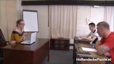 Preview 5 of Lerares Engels Krijgt 2 Harde Pikken