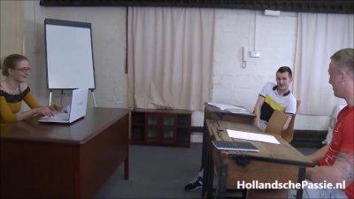 Preview 8 of Lerares Engels Krijgt 2 Harde Pikken